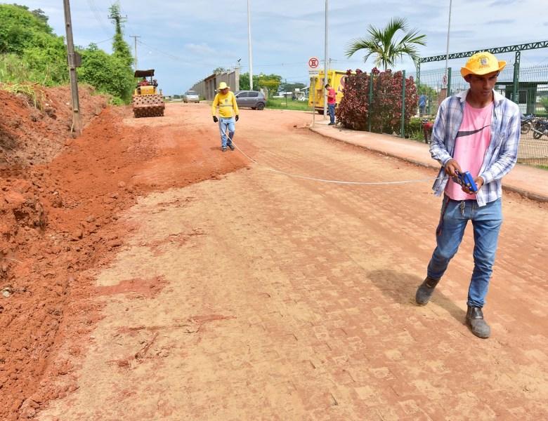 Recuperação da malha viária avança em Rio Branco