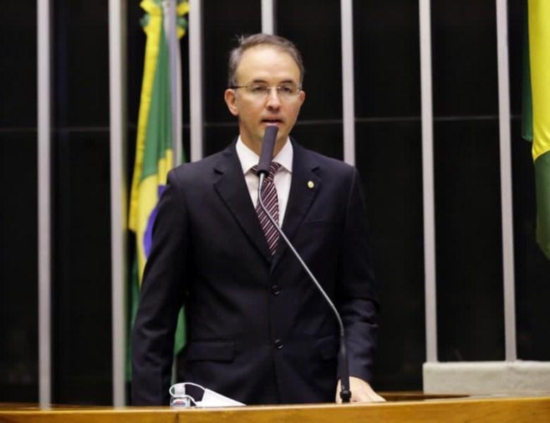 Emendas à LDO apresentadas por Léo de Brito são acolhidas por relator