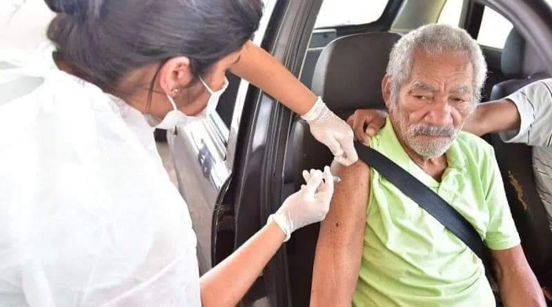 Fato grave: Prefeitura usa imagem de homem que foi a óbito em agosto ano passado para divulgar início da vacinação e revolta  familiares