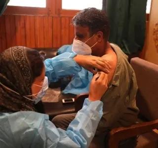 Avanço da vacinação contra a covid aumenta a desigualdade no mundo