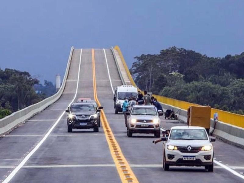 VÍDEO: Sem cumprir as promessas de construir pontes no Acre, Gladson festeja ponte em Rondônia
