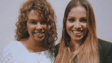 Nívea Soares e Gabriela Rocha vivem momento marcante em conferência gospel.