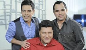 Zezé di Camargo e Luciano com o irmão Wellington, cantor gospel.