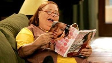 Foto de Berta: grossa, interesseira e a rainha do sarcasmo de Two and a Half Men! [Personagens que Nós Amamos]