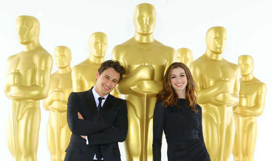 Oscar 2011 - James Franco & Anne Hathaway
