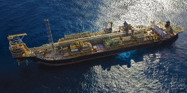 Resultado de imagem para Petrobras  campos marítimos e terrestres
