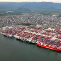 Porto de Santos é o campeão em movimentação de cargas na América Latina e Caribe