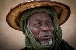 A MINUSMA contribuiu para o fortalecimento da segurança alimentar na aldeia de Tarabangou, a cerca de dez quilômetros da cidade de Tombouctuk. Graças a este financiamento para o benefício da cooperativa de jardim da aldeia, um jardim de mercado de 30 hectares foi reabilitado e desenvolvido. Hoje, graças à sua produção, toda a cidade de Timbuktu é fornecida com frutas e vegetais. Quando em Kabara, é uma pequena aldeia situada a poucos quilômetros da cidade de Timbuktu. É uma aldeia pacífica, mas sempre teve problemas recorrentes de acesso a água potável. (Foto Harandane Dicko/MINUSMA)