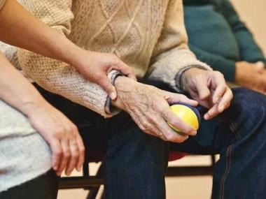 Cuidados com a pele de idosos