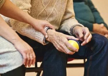 Reajuste de planos para idosos