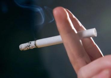 Justiça determina que empresas de cigarro se manifestem em ação da AGU sobre ressarcimento.