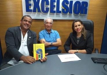 Fernando Alcoforrado lança seu décimo quarto livro