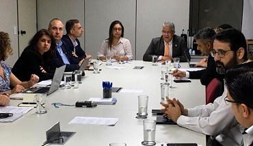 Ministério da Saúde estuda estratégias para produção nacional da pentavalente