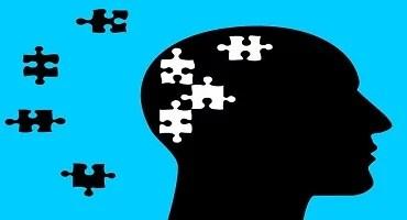 Artigos científicos sugerem um vínculo entre a insônia e o aumento do risco  do desenvolver de Alzheimer