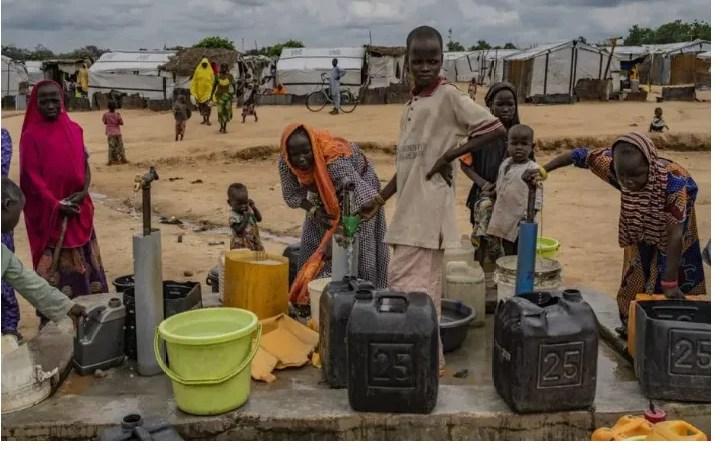 Polícia liberta adolescentes grávidas e 24 crianças em 'fábrica de bebês' na Nigéria