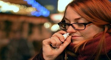 Spray anticovid pode estar disponível até 2022