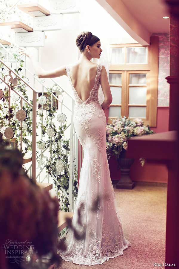 riki-dalal-wedding-dresses-2014-sleeveless-lace-gown-back-detail