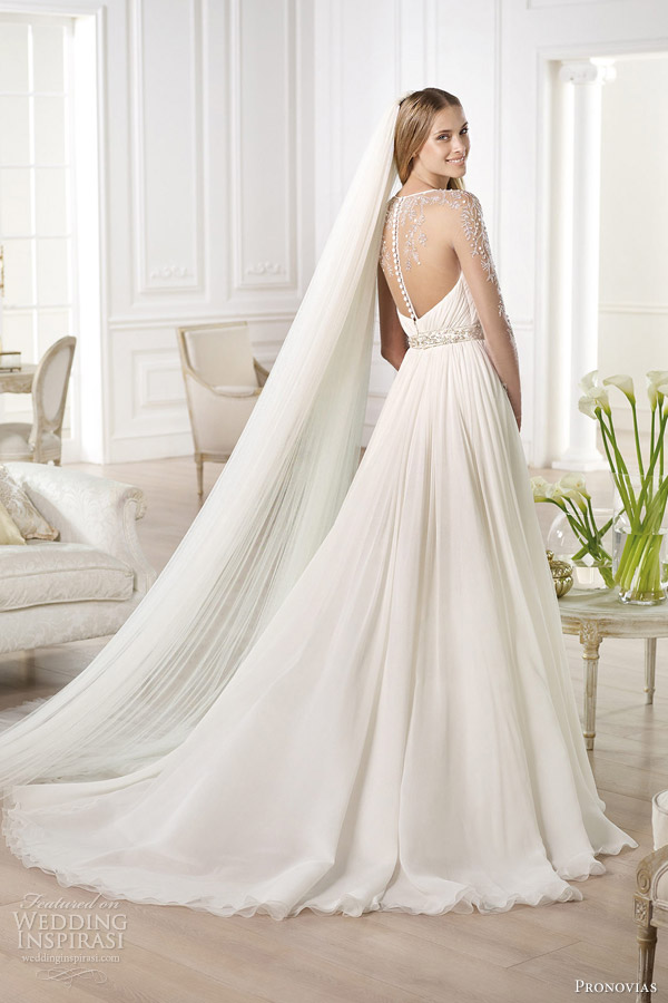 22a-pronovias-2014-atelier-bridal-collection-yajaida-long-sleeve-wedding-dress-illusion-back