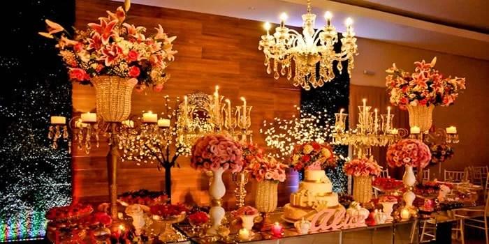organizacao-festa-de-15-anos-decoracao-mesa-principal