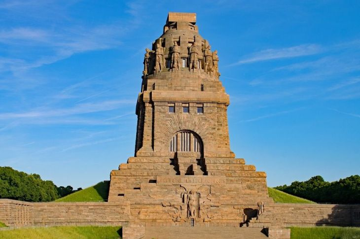 Völkerschlachtdenkmal / Monumento a la Batalla de las Naciones ...