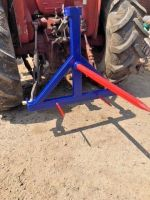 Tines Bale Spike Handler Tractor 3 Point rear Linkage Hay Mover UK Tractor 3 Point Hay Bale Spear Hay Mover can be used with Hi-Lift as a bale stacker or load onto a goose neck trailer