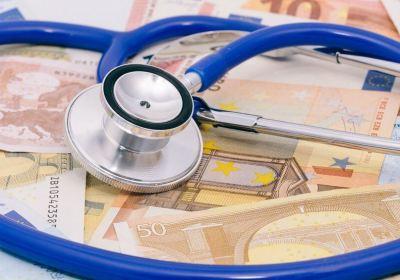 zorgverzekering, vergelijken, goedkoopste, vergelijkingswebsites, consumentenbond, porterenee, zorgverzekeringen, overstappen