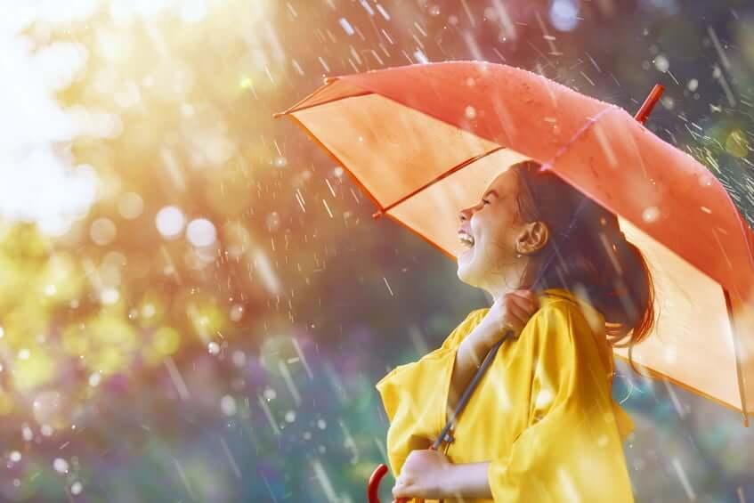 gezin regen besparen