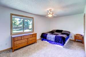 775 Northwoods Dr E Woodland-small-010-2-Master Bedroom-666x444-72dpi