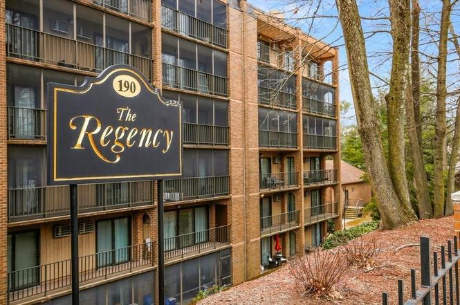 Well-Maintained 1BR Condo with Balcony