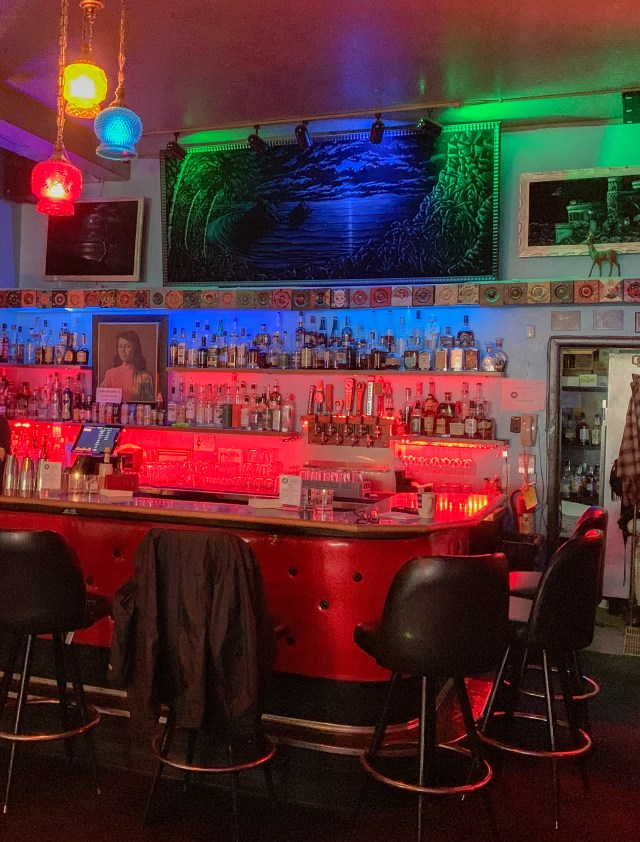 Dots Cafe Dive Bar Portland BLT Week 2019 Photos by Steven Shomler