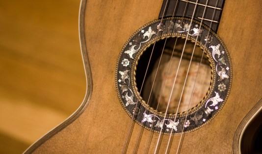 guitar-face-m