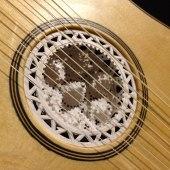 manuele-about-guitar-detail-2