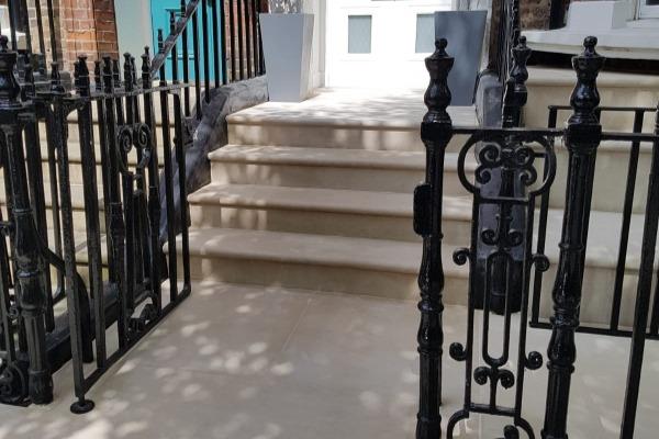 Portland Steps Gate