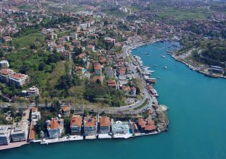 شقق للبيع في اسطنبول –  إطلالة على بحيرة كوتشوك شكميجيه