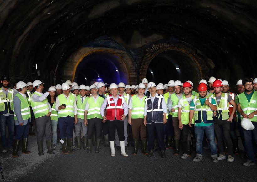 افتتاح خط مترو M7 كابتاش – مجيديه كوي – محمود بيه في إسطنبول