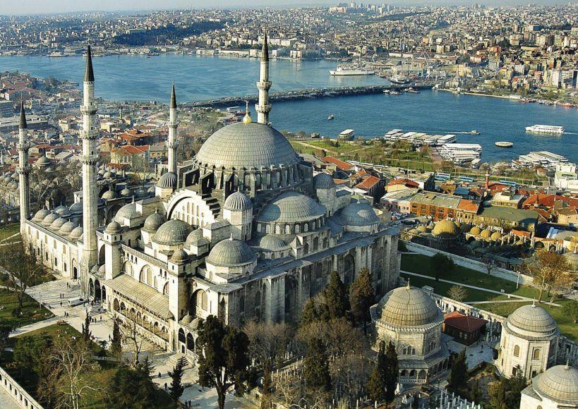 ماذا تعرف عن جامع السليمانية في إسطنبول؟