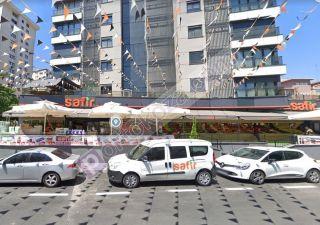 محل للبيع  مقيم للجنسية التركية في كاديكوي ، حي بوستانجي