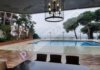 فيلا للبيع  إطلالة بحرية غرف 10+2 في بيوك جكمجة ، حي كومبورغز
