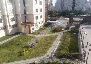 شقة للبيع  مناسبة للعائلات غرف 3+1 في بيليك دوزو ، حي جوربينار