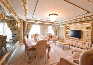 شقة للبيع  مقيم للجنسية التركية غرف 7+2 في إسنيورت ، حي جمهوريات محلسي