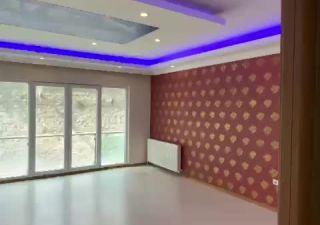 شقة للبيع  مناسبة للعائلات غرف 4+2 في إسنيورت ، حي جمهوريات محلسي