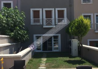 فيلا للبيع  مقيم للجنسية التركية غرف 5+2