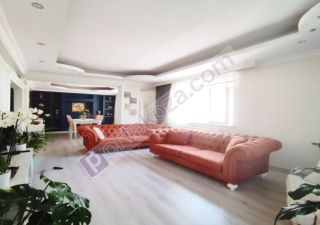 شقة للبيع  على البحر غرف 4+2 في بيوك جكمجة
