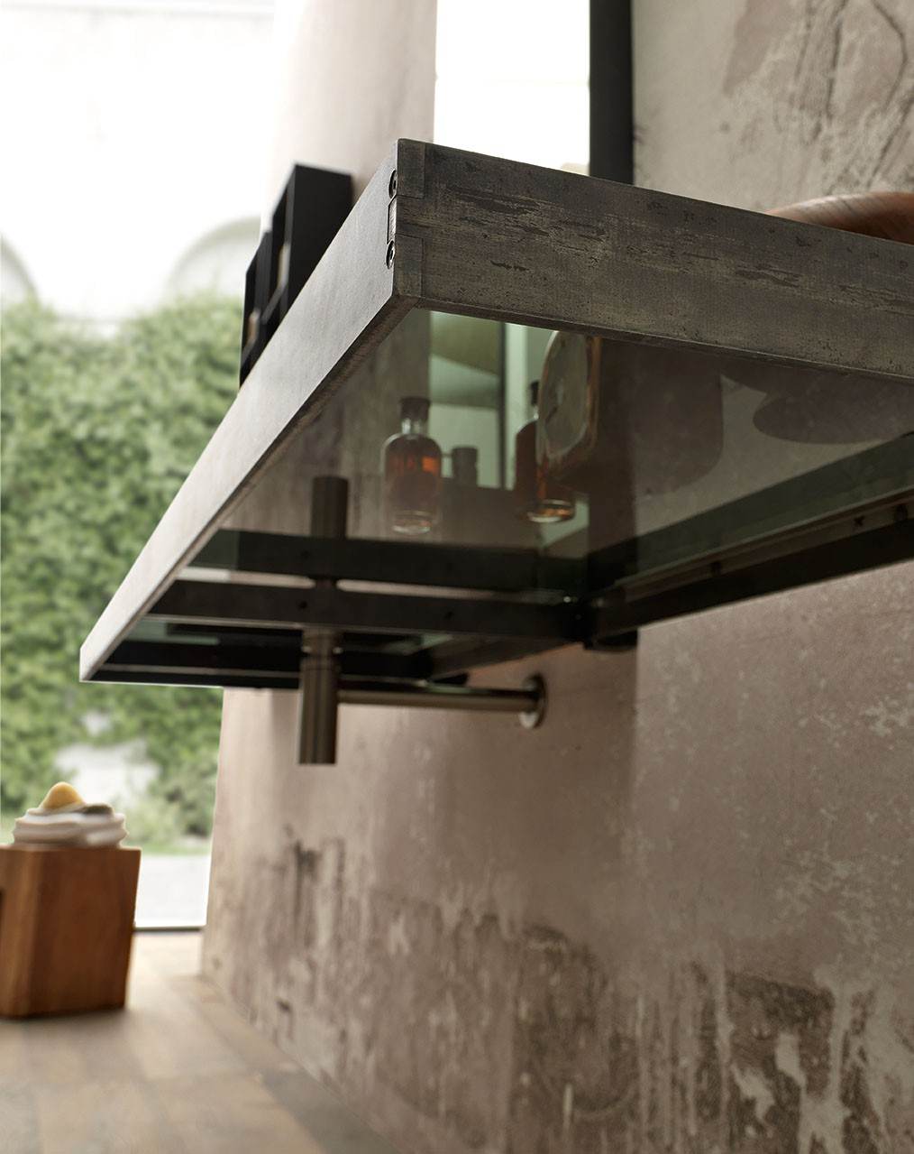 Meuble De Salle De Bain Design En Mtal Vieilli Et Verre