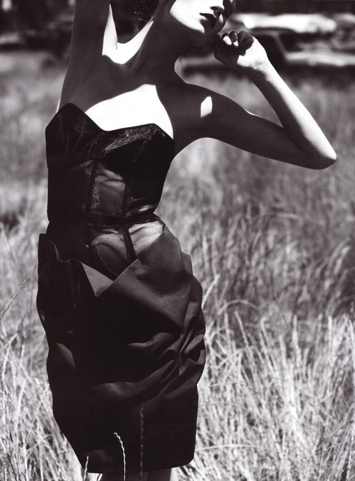 """Marlena Szoka photographed by Stefano Moro in """"Bellissima"""" for Amica Italy, February 2010 7"""