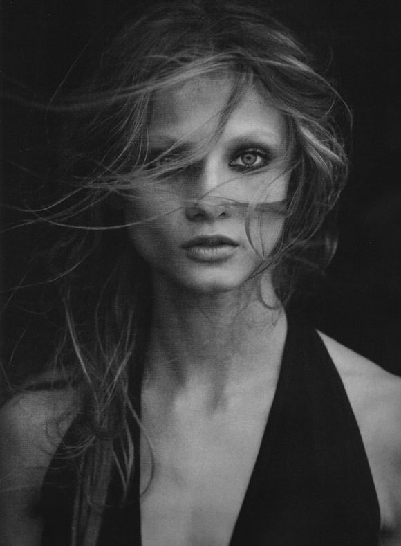 Anna Selezneva photographed by Peter Lindbergh in Numéro #110 8