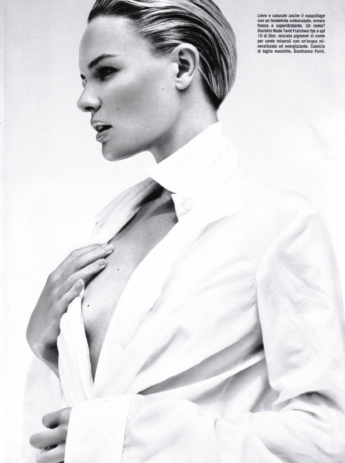 """Kate Bosworth photographed by Greg Kadel in """"Beauty"""" for Vogue Italy, December 2009 4"""