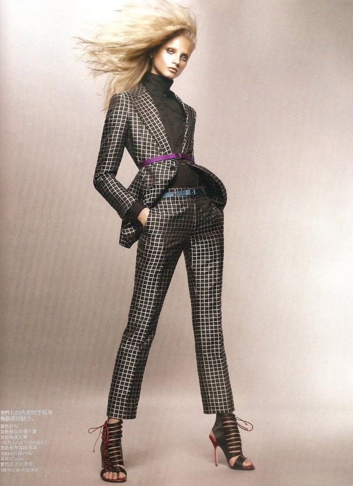 "Anna Selezneva photographed by Sølve Sundsbø in ""Revolutionary Blazer"" for Vogue China, March 2010 8"