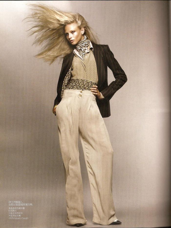"Anna Selezneva photographed by Sølve Sundsbø in ""Revolutionary Blazer"" for Vogue China, March 2010 9"