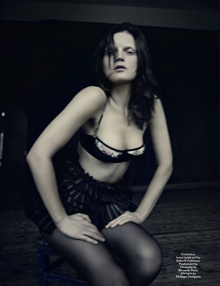Guinevere van Seenus photographed by Paolo Roversi for AnOther Magazine, Spring 2010 5